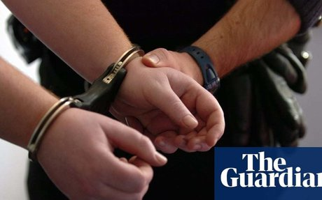 Report raises alarm over police detention of vulnerable suspects