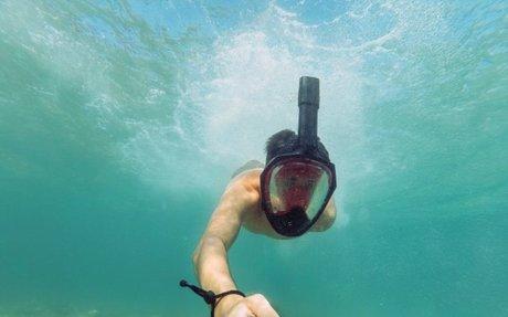 Useful Bluetooth Selfie Remote Controls - Wakelet