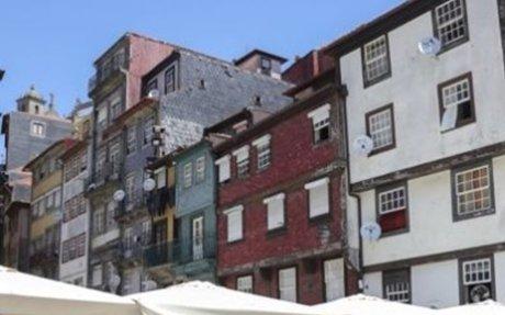 BE defende que câmara do Porto deve dar apoio excecional a famílias do Centro Histórico