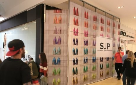 Sarah Jessica Parker to Open 1st Storefront in Canada for Popular SJP Shoe Line
