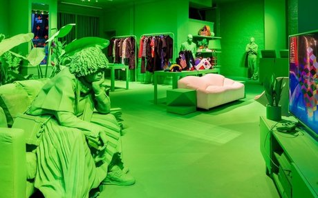 RETAIL // Why Luxury Brands Must Be Innovative
