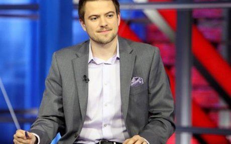 """How Gaming Star And Influencer Andrew """"Nasher"""" Telfer Is  Growing The Sport Of Hockey"""