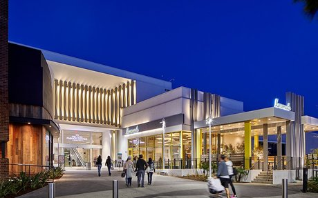 BRAND HIGHLIGHT // Mall Owner Simon Property Sees An Opportunity In Bankrupt Chains